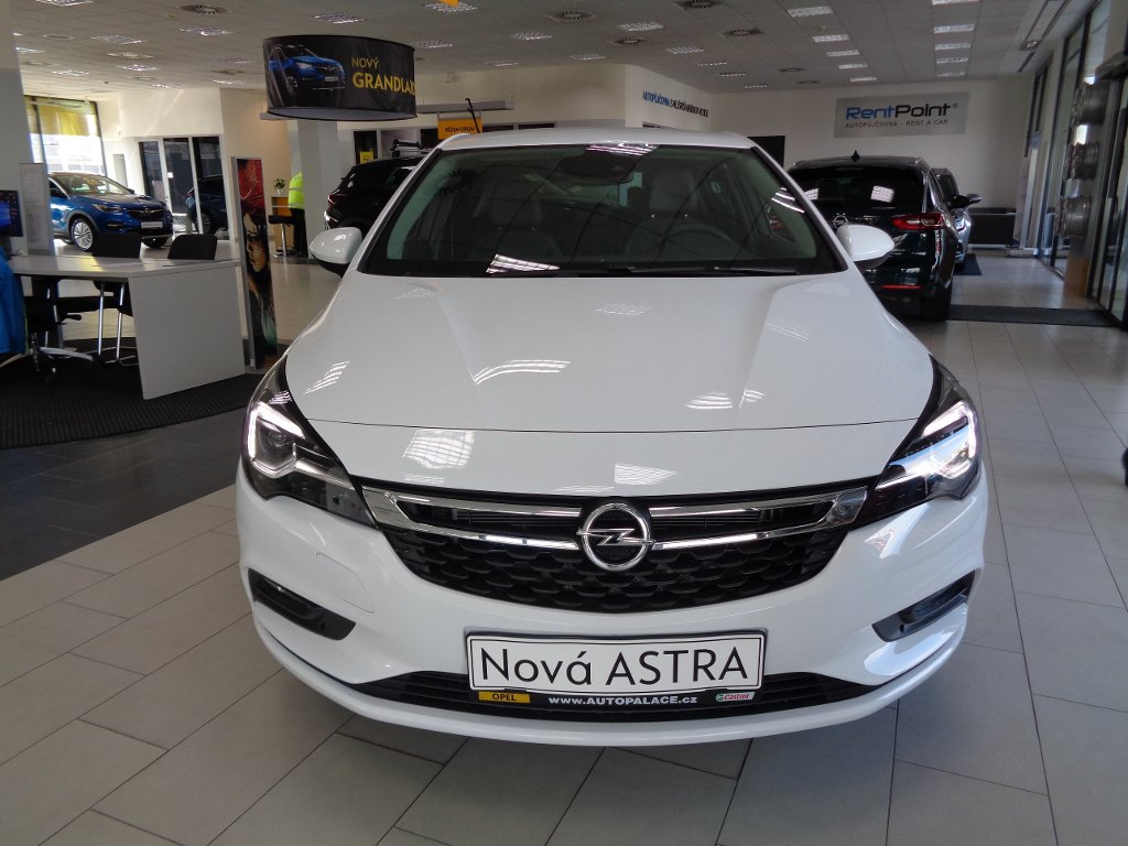 Opel Astra 1.4 turbo Innovation AT6